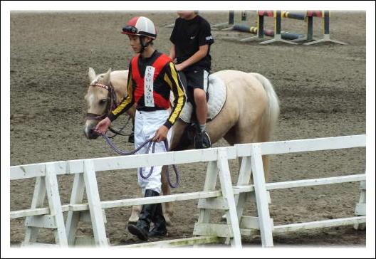 騎手による引き馬